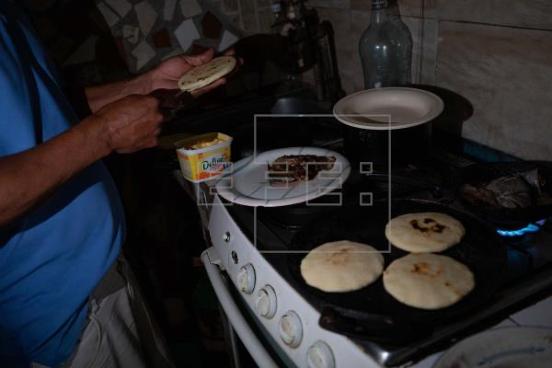 Las fallas eléctricas forman parte de la rutina en Venezuela
